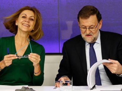 María Dolores de Cospedal y Mariano Rajoy, durante una ejecutiva nacional del PP, en una imagen de archivo.