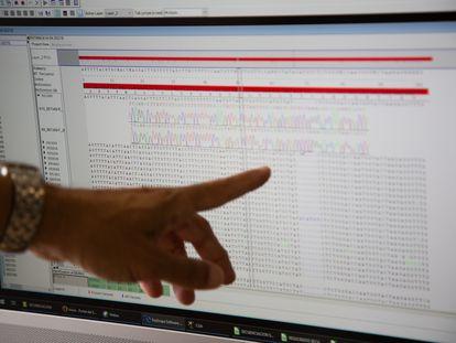 La funcionaria accedió al historial de su hija desde un ordenador del Sergas.