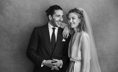 La fotografía oficial de la boda de Marta Ortega y Carlos Torretta.