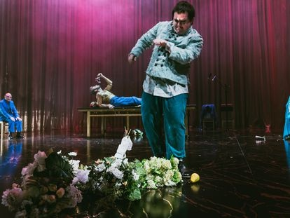Escena de la obra teatral 'Calígula murió. Yo no'.