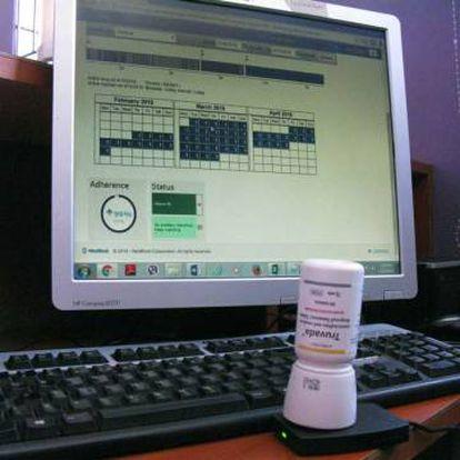 El Memscap, un dispensador con tapa electrónica utilizado para controlar el consumo de la píldora para prevenir el VIH.