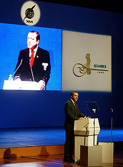 El primer ministro turco, Recep Tayyip Erdogan, en su intervención en el Foro.