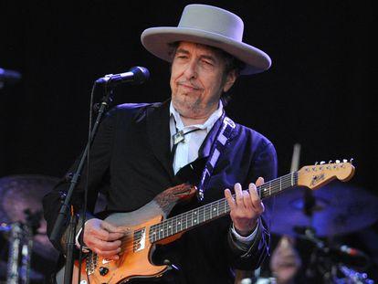 Bob Dylan en una actuación en 2012.