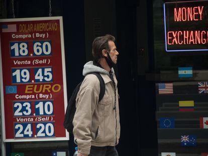 Cotización del dólar a menos de 20 pesos en las casas de cambio de Ciudad de México, el pasado 10 de diciembre.