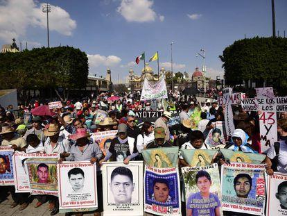 Una protesta por los 43 de Ayotzinapa.