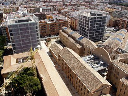 El complejo de servicios administrativo de la Generalitat 9 d'Octubre, en Valencia.