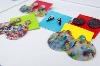 Productos elaborados por Guallar con plástico reciclado.