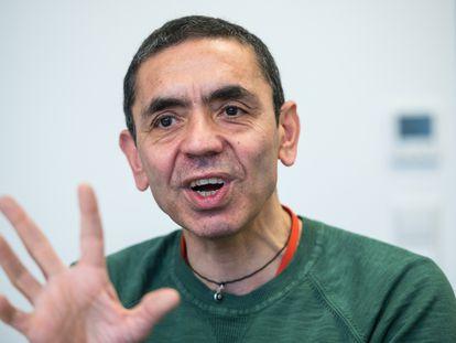 Ugur Sahin, consejero delegado de BioNTech, durante una entrevista a finales del año pasado.