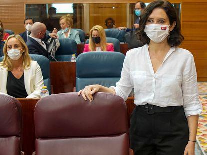 Isabel Díaz Ayuso, este viernes en el debate de investidura de Madrid.