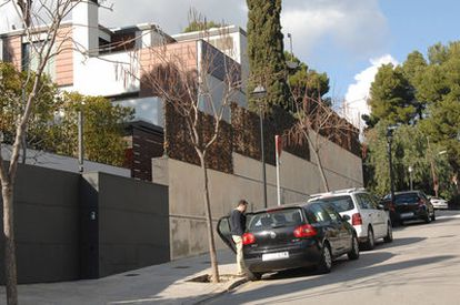 Exterior de la casa de los duques de Palma, en el barrio de Pedralbes, en Barcelona