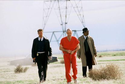 Brad Pitt, Kevin Spacey y Morgan Friedman en 'Seven'.