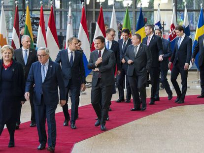 Foto de familia en el 25º aniversario de la creación del Espacio Económico Europeo, el pasado marzo en Bruselas.