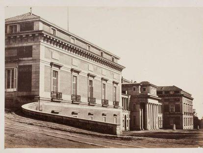 Fachada oeste del museo o de Velázquez (hacia 1857).