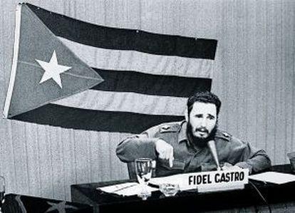 Fidel Castro protesta en 1962 tras el anuncio de J.F.Kennedy de bloquar Cuba por mar.