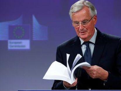 Les pido que lo lean con calma y detalle , rogó el negociador jefe de la UE, Michel Barnier, en Bruselas