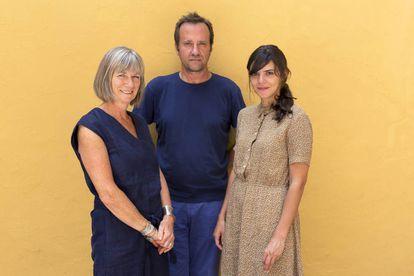 Nell Leyshon, Marcos Giralt Torrente y Valeria Luiselli, en el Hay Festival