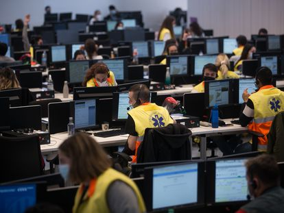 La Central de Coordinación Sanitaria, donde se gestionan las llamadas de emergencia y atención sanitaria., en L'Hospitalet de Llobregat.