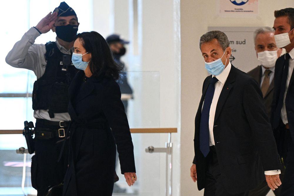 Nicolas Sarkozy, condenado a tres años de cárcel por corrupción y tráfico de influencias
