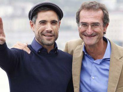 El director de 'Lasa y Zabala', Pablo Malo, y el actor Unax Ugalde (izquierda).