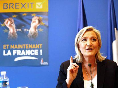 La líder del partido de ultraderecha francés Frente Nacional, Marine Le Pen, este viernes en Nanterre.