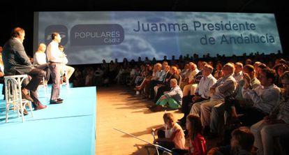 Juan Manuel Moreno, durante el acto de presentación de candidatos municipales del PP en Cádiz.