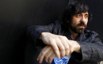 El actor Israel Elejalde, en la sala La Cuarta Pared.