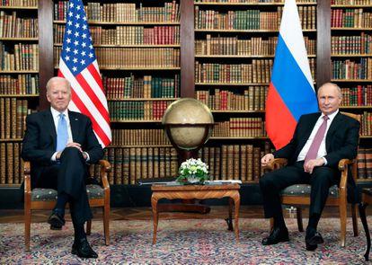 Joe Biden y Vladímir Putin, este miércoles en Ginebra.