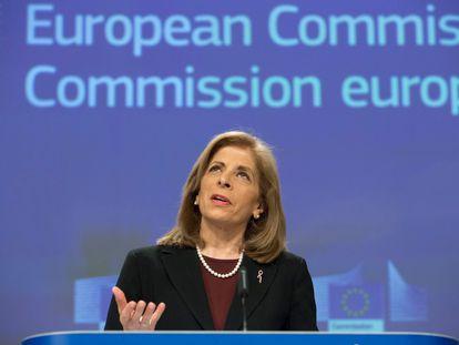Stella Kyriakides, este miércoles durante la rueda de prensa sobre AstraZeneca en Bruselas. En vídeo, sus declaraciones. (FOTO: Delmi Álvarez)
