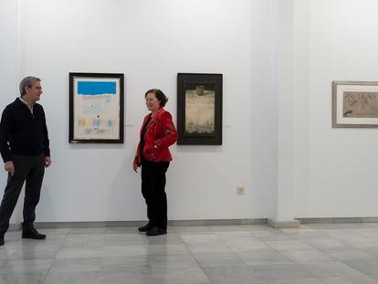 Miguel y Mercedes, propietarios de la Galería Birimbao.
