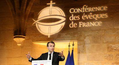 El presidente Emmanuel Macron se dirige a los obispos franceses