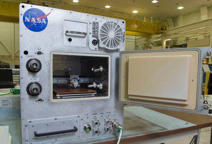 El Refabricator es una impresora 3D capaz de reciclar piezas de plástico.