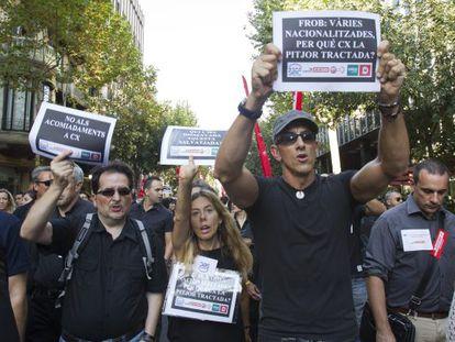 Manifestación que empleados de Catalunya Banc el pasado 5 de septiembre contra el ERE.