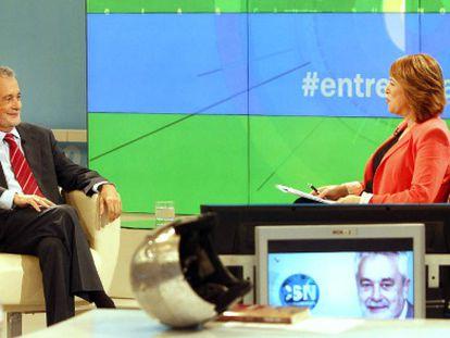 Griñán, durante un momento de la entrevista emitida en Canal Sur.