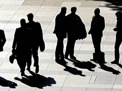 Ejecutivos en la zona financiera de las Cuatro Torres Business Area, en Madrid.