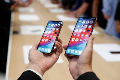 Modelo Apple iPhone XS y XS Max.