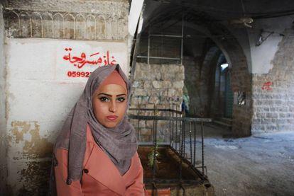 La tradición y la modernidad conviven en la sociedad palestina sitiada por la ocupación militar israelí y el machismo cultural.