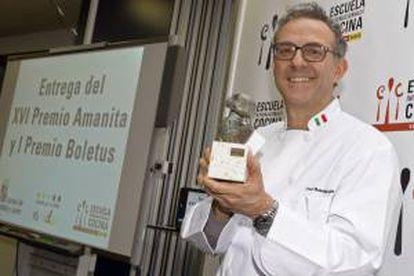 El prestigioso cocinero italiano Massimo Bottura recibe el XVI Premio Amanita, que reconoce la excelencia en la gastronomía elaborada a partir de las setas, hoy en Valladolid.