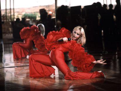Raffaella Carrà, en un espectáculo en 1979.