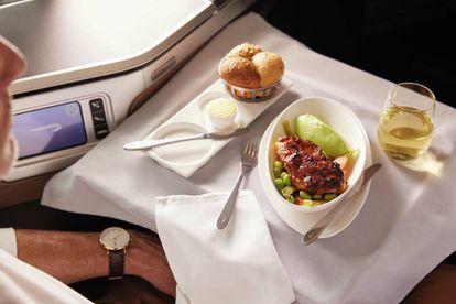Servicio de comida a bordo.