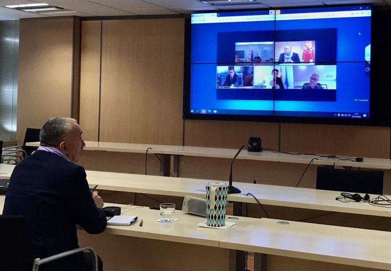 El secretario general de UGT, Pepe Álvarez, durante la videoconferencia celebrada con el presidente del Gobierno, Pedro Sánchez, y el resto de agentes sociales.