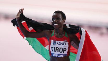 Jebet Tirop tras quedar tercera en el Campeonato Mundial de Atletismo de 2019.