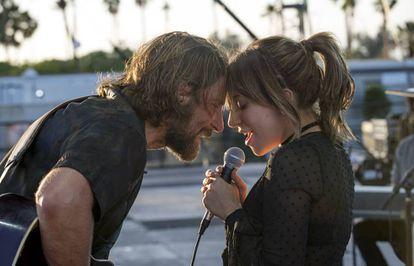 Bradley Cooper y Lady Gaga en una escena de 'Ha nacido una estrella'.