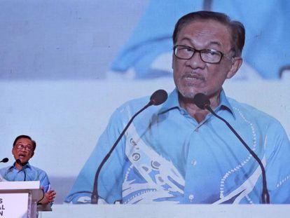 El líder del partido Justicia Popular Anwar Ibrahim, en un discurso en Shah Alam (Malasia) el 18 de noviembre.