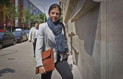 Anna Vidal, a su llegada a los juzgados para declarar como testigo, en mayo de 2013.