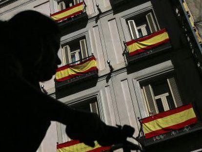 """Breve paseo por la España ¿desafecta? """"Se han excitado bajas pasiones, fáciles de excitar porque todos pensamos que lo nuestro es fantástico y lo de los demás es un desastre"""", dice el filósofo José Luis Pardo"""