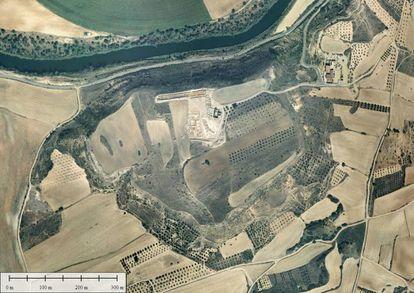 Vista áerea de las 30 hectáreas sobre las que se ha realizado las prospecciiones geomagnéticas con resultados positivos