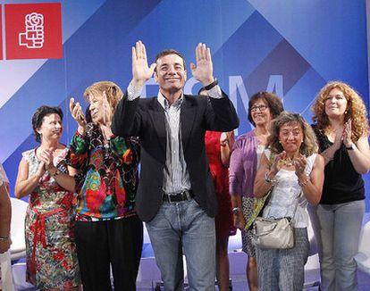 El secretario general del PSM en un acto de una plataforma de mujeres progresistas.