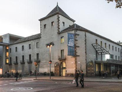 Edificio del Arts Santa Mònica, en Barcelona, en 2017.