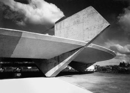 Estadio del club brasileño Atlético Paulistano, obra del arquitecto Paulo Mendes da Rocha.