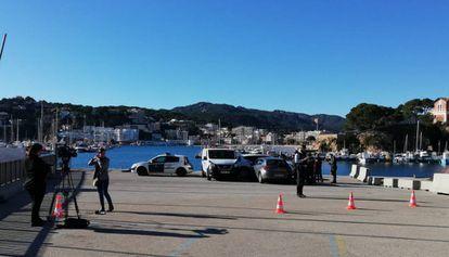 Los Mossos d'Esquadra, en el lugar en el que se ha producido el accidente.